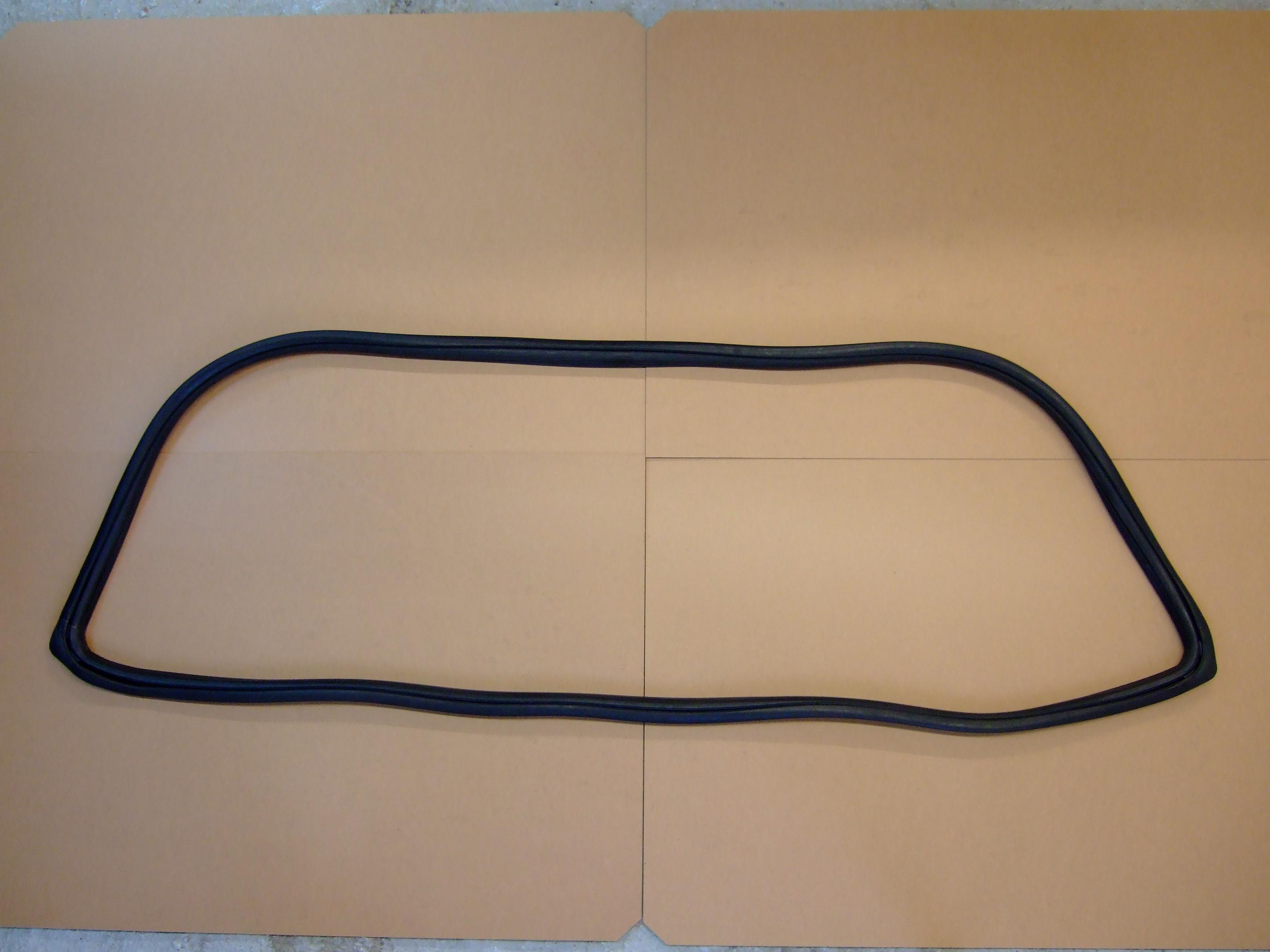 Rear Screen Rubber – Capri