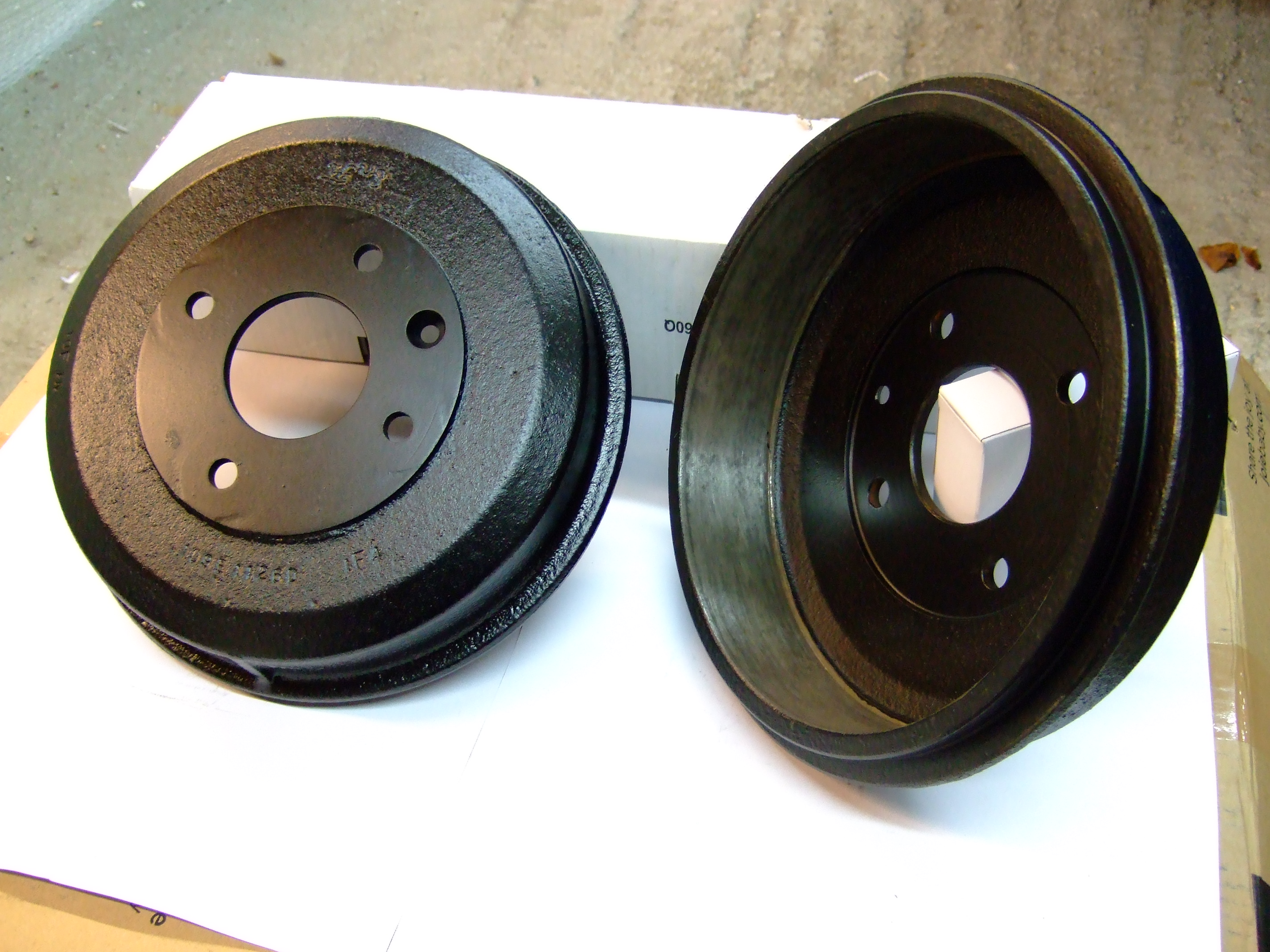 Brake drums (refurbished pair)