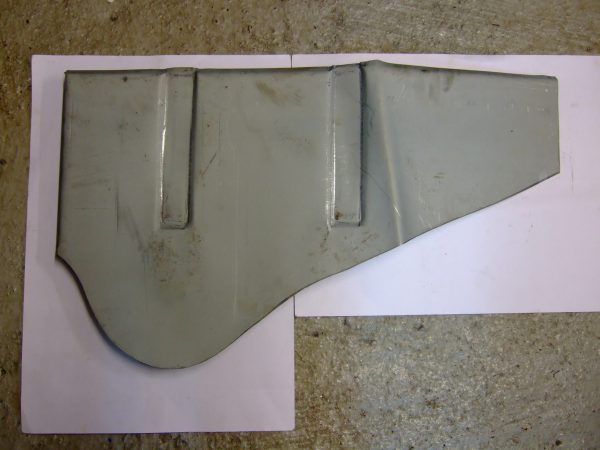 Door pillar to inner wing repair panel